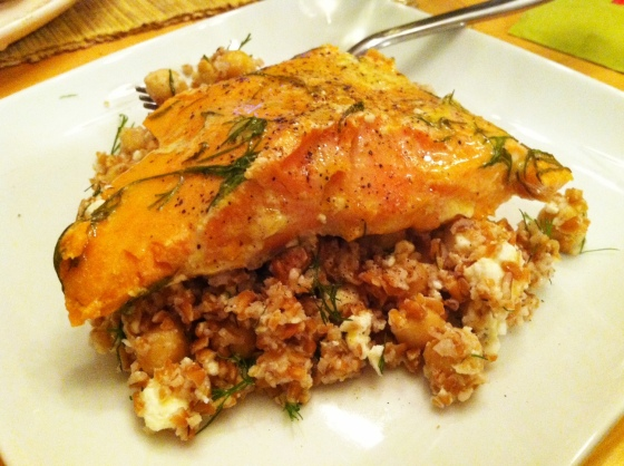 bulgar with salmon close